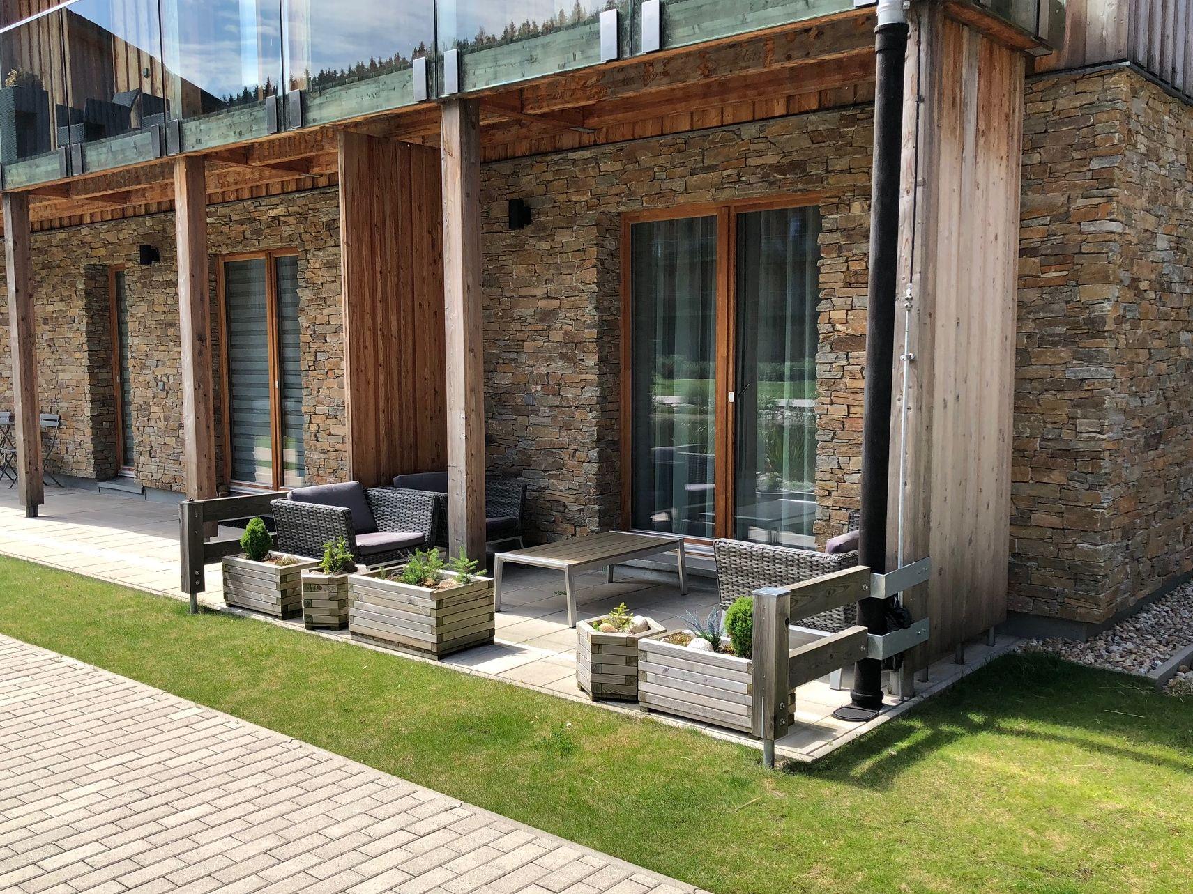 Apartmán Špindlerův Mlýn - posezení na terase