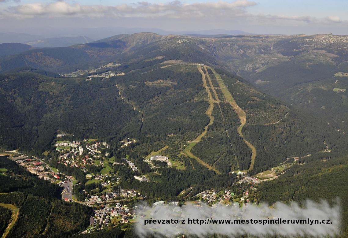 Špindlerův Mlýn - panorama léto